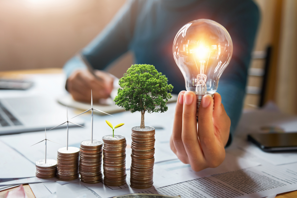 Así están evolucionando los precios de la vivienda en España y las tarifas eléctricas en 2021