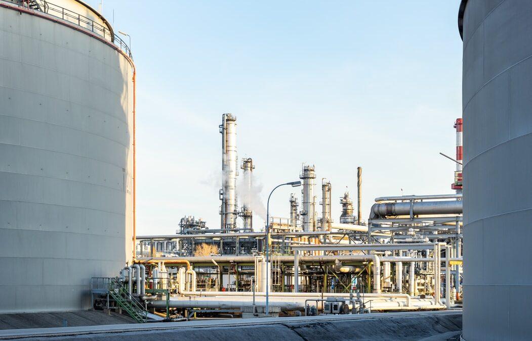 Menos de una año para que las empresas contaminantes tengan que implementar la garantía financiera medioambiental